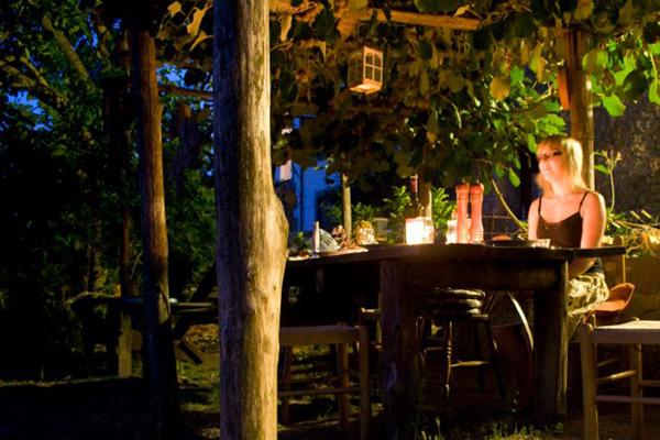 dining-04-600x400