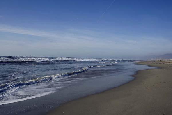 viareggio beach1-hr